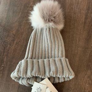 Accessories - Fox Fur Hat NWT